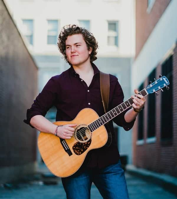 Sam Robbins, former PMAC student, performs on NBC's The Voice